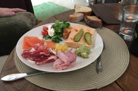 brunch ferme normandie assiette