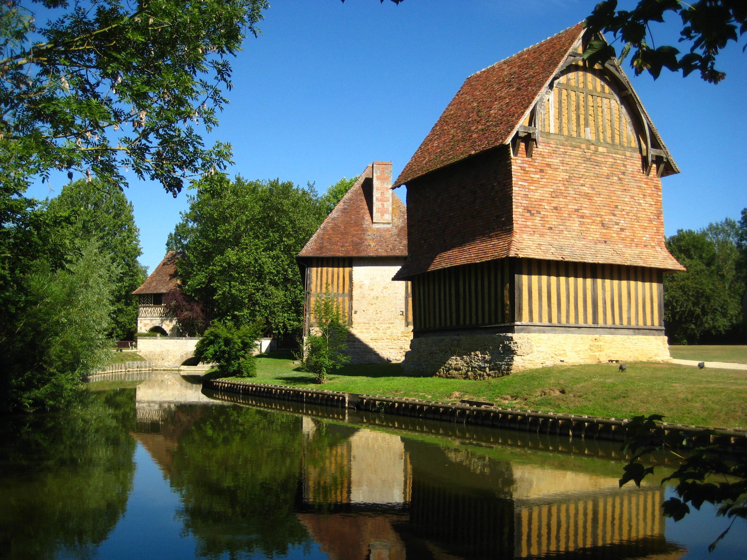 visiter lisieux et ses environs chateau de crevecoeur