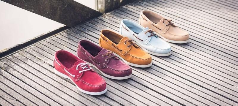 Les chaussures bateau : un bon basique pour différents looks