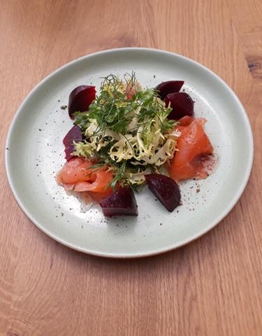 saumon Gravlax entrée restaurant le petit jardin