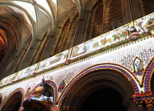 spectacle la cathedrale notre dame de bayeux