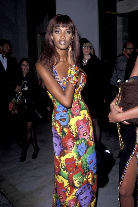 Versace pop art Andy Warhol campbell noemi