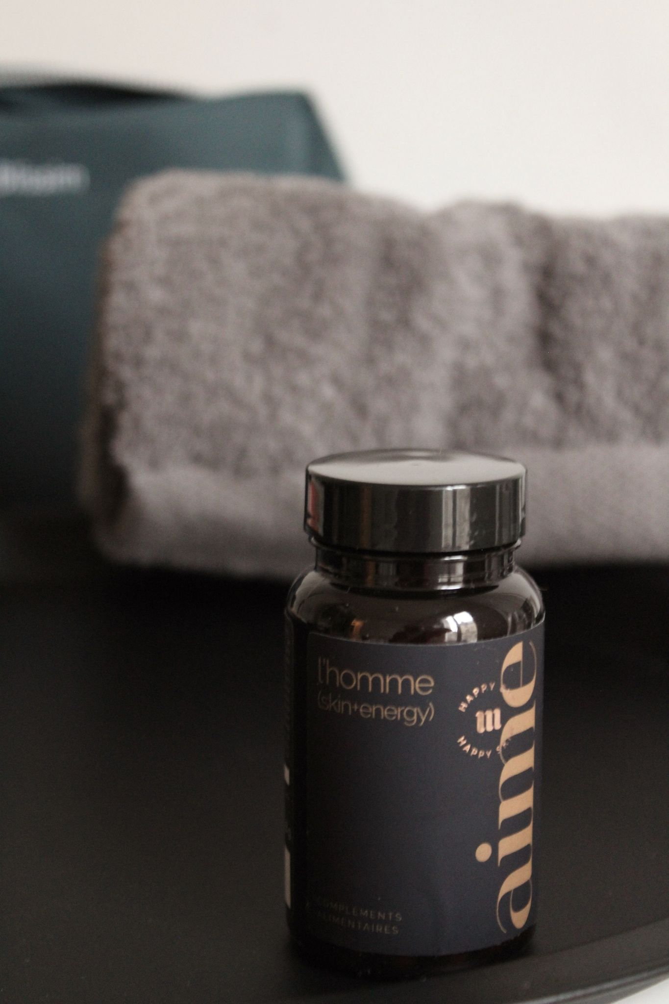 compléments alimentaires L'homme skin+energy Aime Skincare